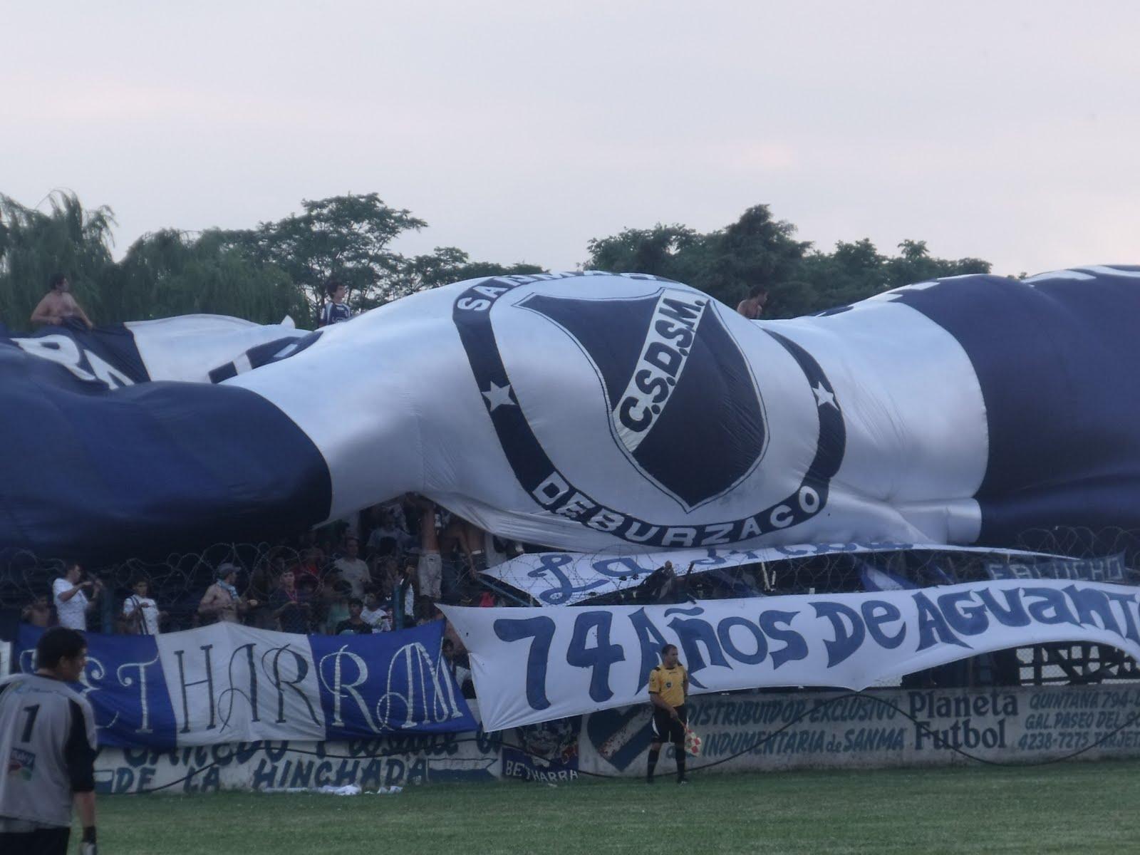Sanma San Martin de Burzaco tribuna hinchada bandera